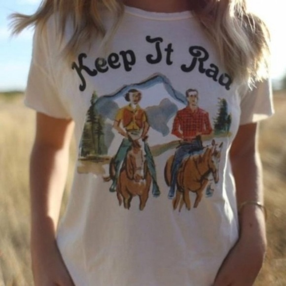 Figleaffashion Tops - Arrived Vintage Western Graphic Tee